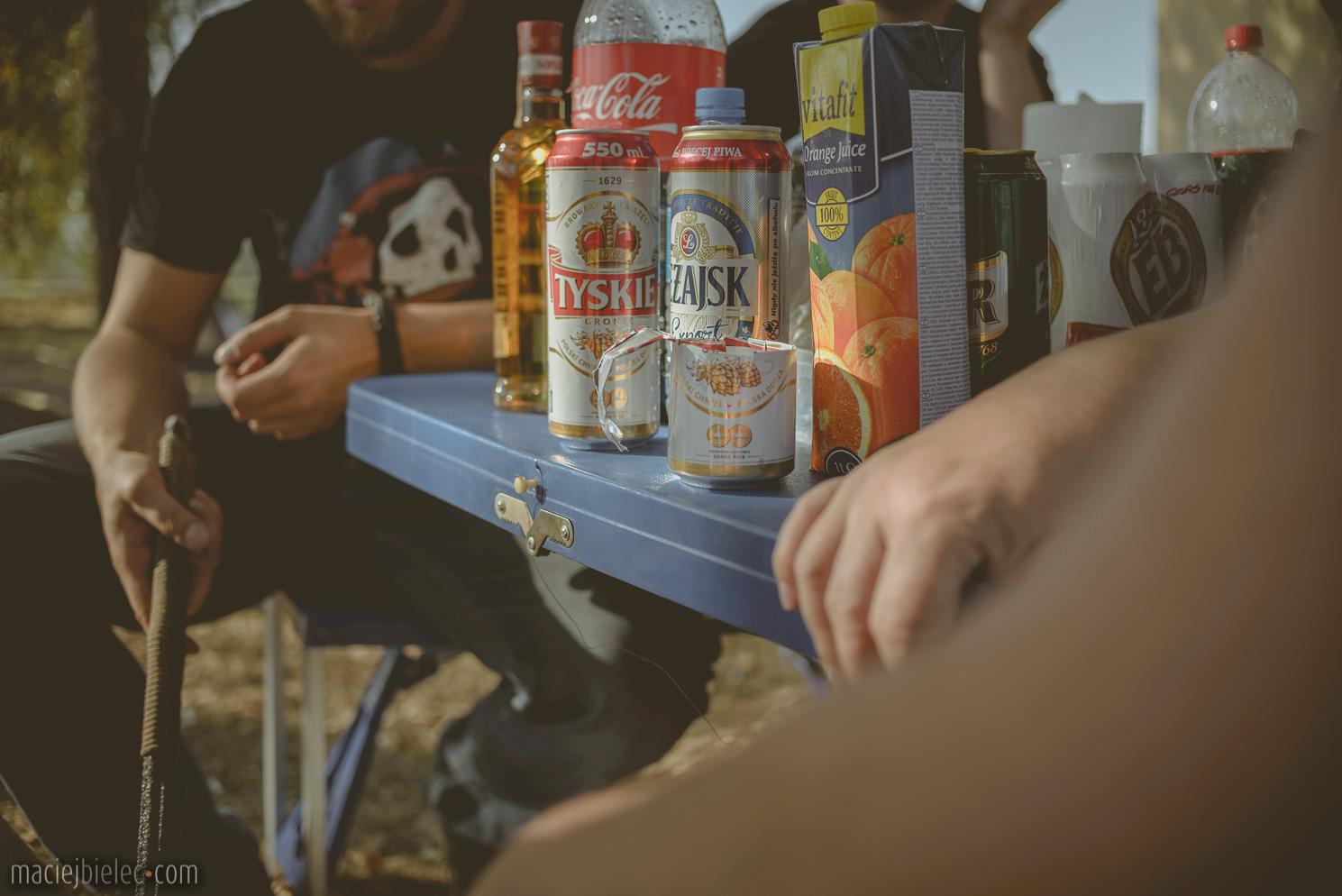 Szklanka z puszki po piwie