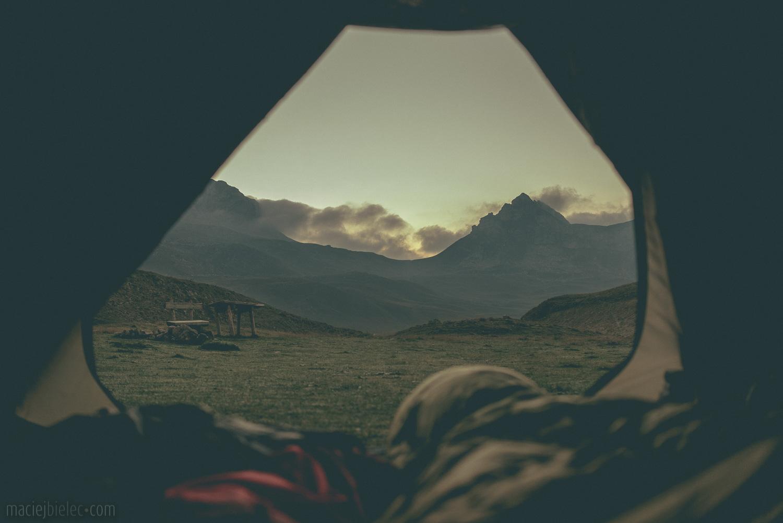 Świt z namiotu w Durmitorze